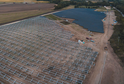 Company Turns Abandoned Sand Pit into a Solar Garden